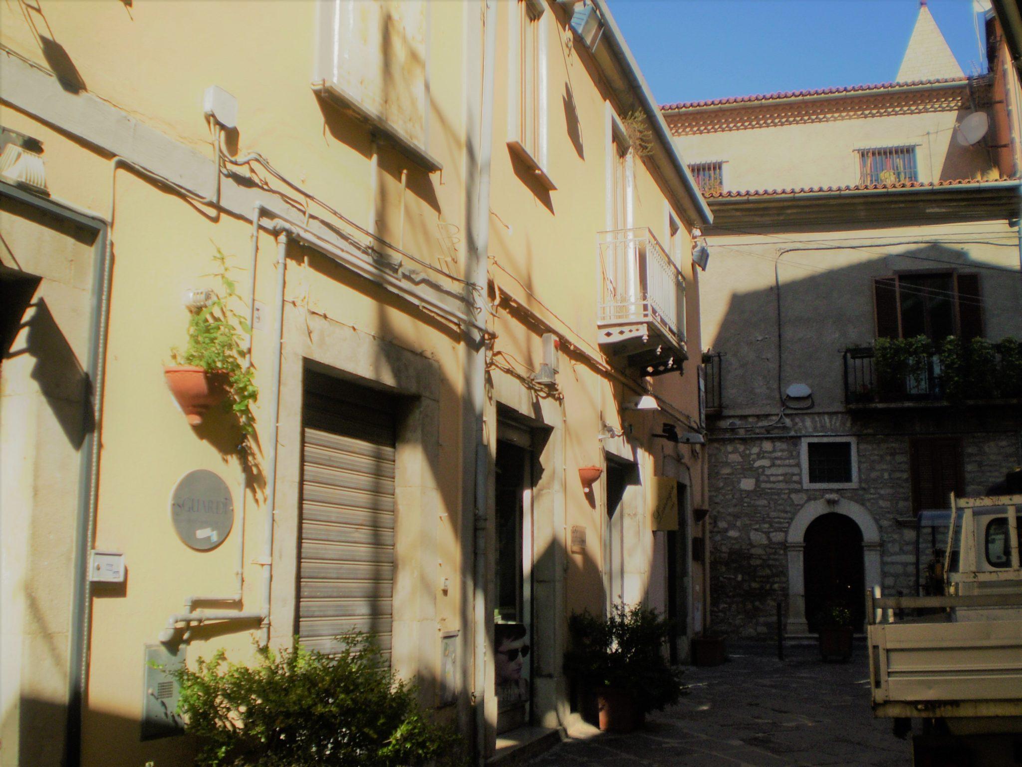 Casa indipendente in Via F. Cairoli